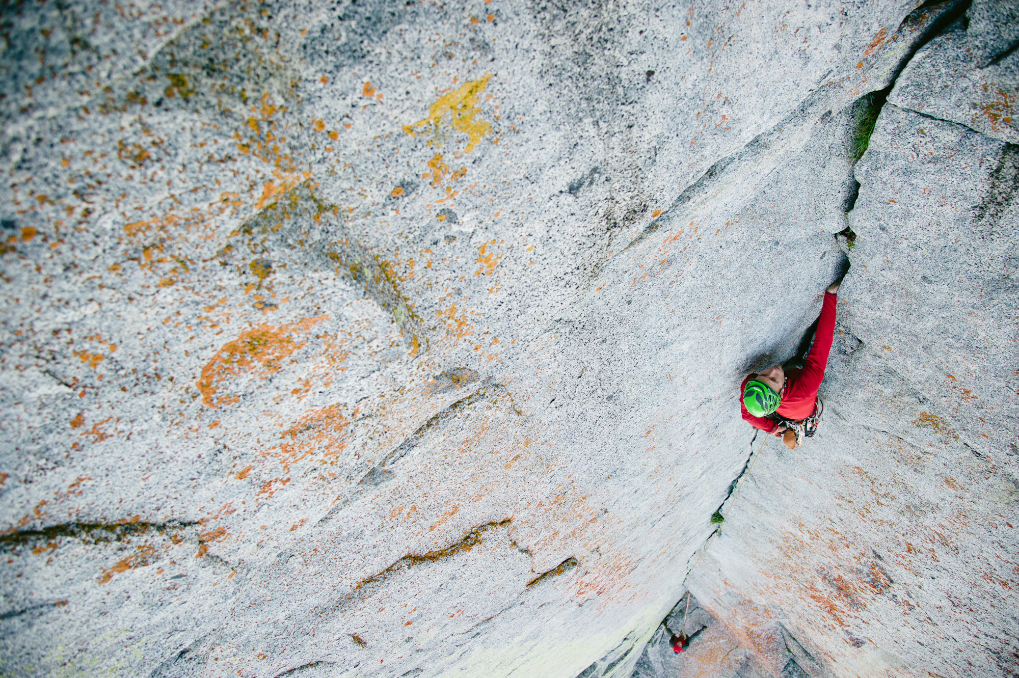 Blake Herrington on Colchuck Balanced Rock by Garrett Grove.