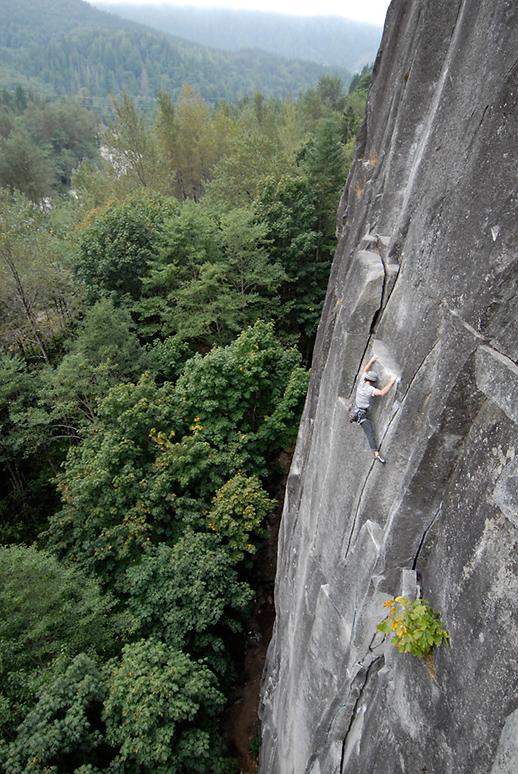 Mikey Schaefer making like a cameleon on the Lower Wall warmup Godzilla, 5.9+, Index, WA.